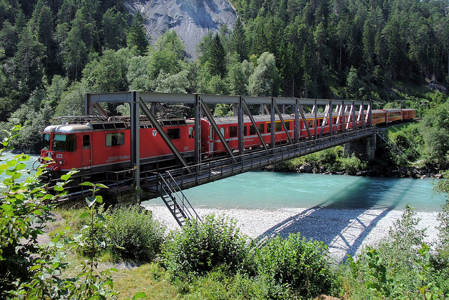 Rhaetian Railway Isla Bella_train